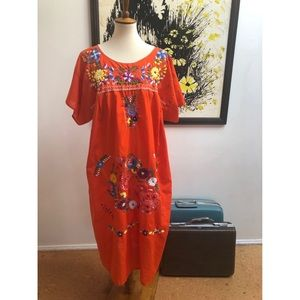 #newtocloset Vtg Mexican Orange Embroidered Dress